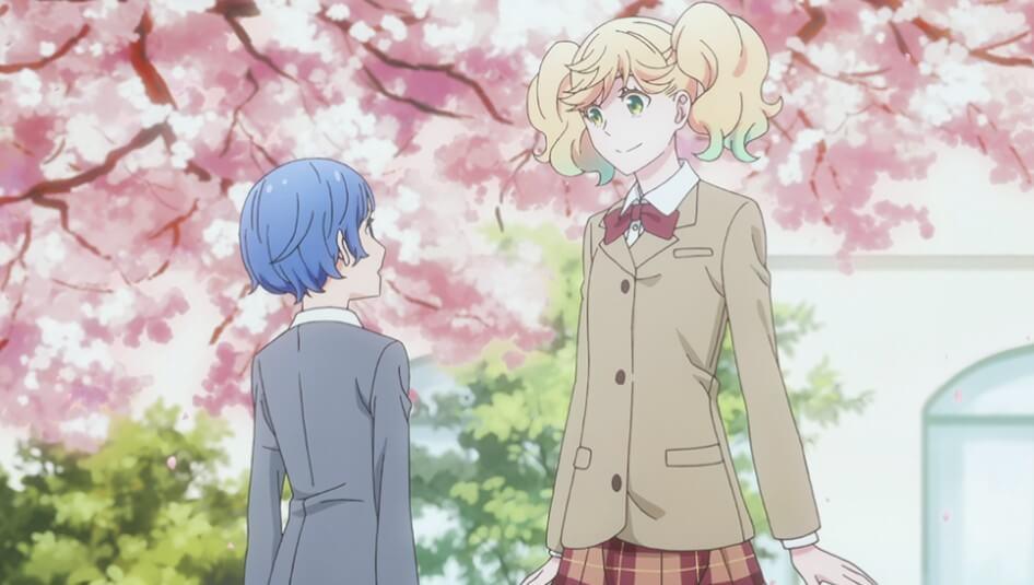 桜の木の下で向かい合うさらさと愛